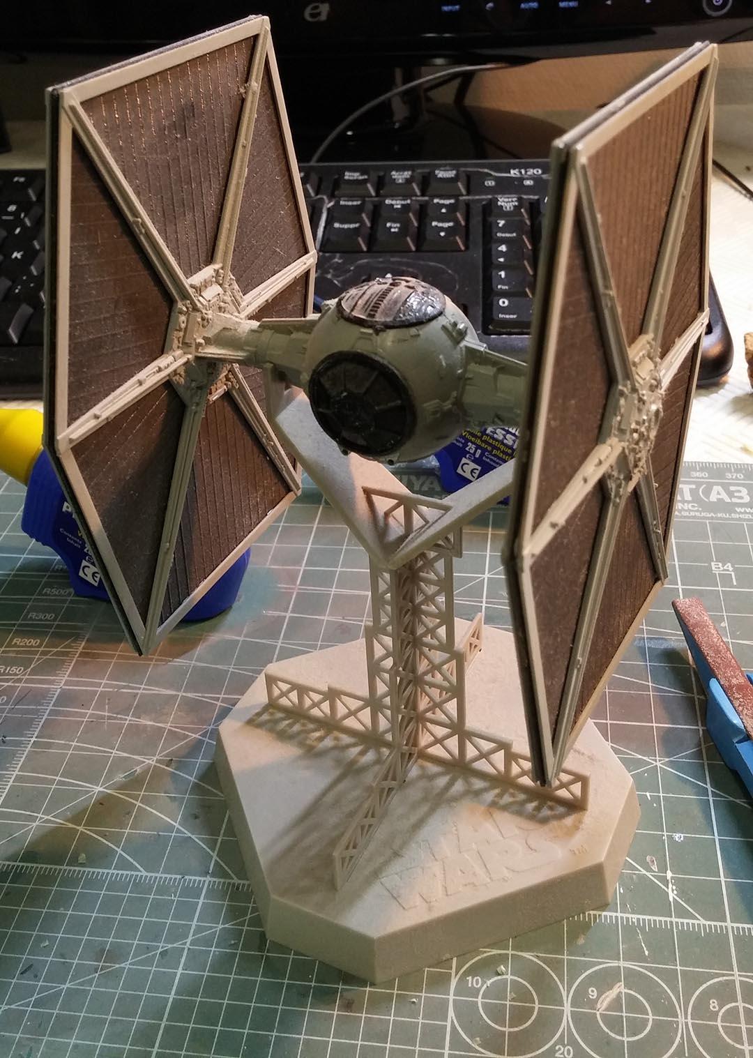 STAR WARS : chantiers spatial de rénovation 83243520141011142333