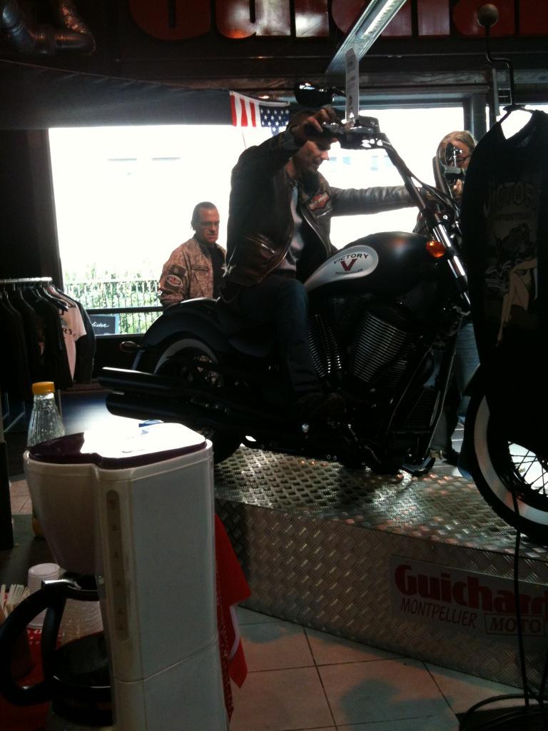 Samedi 8 Septembre 2012 - Balade chez Guichard Moto Montpellier 83556320120908BaladechezGuichard34