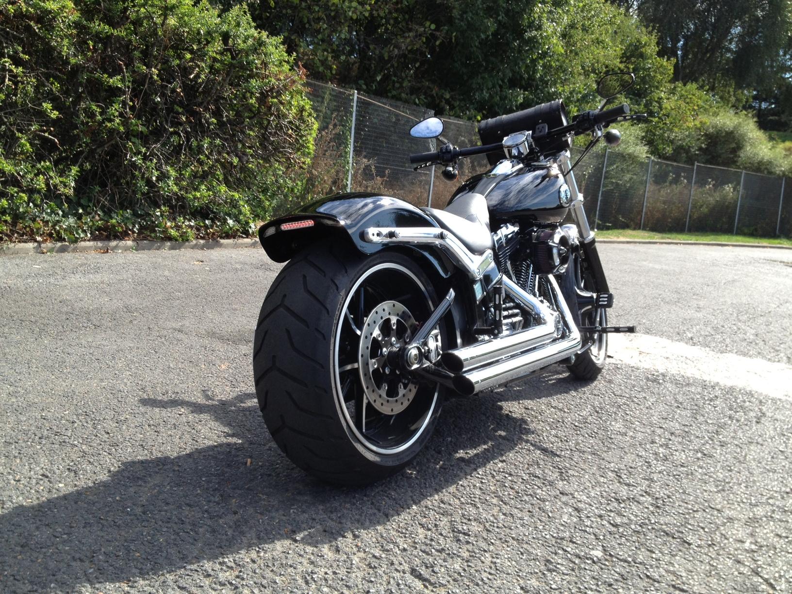 Combien de breakoutboy sur le Forum Passion-Harley ?? - Page 2 8362522013081