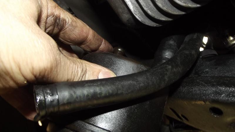 [BMW E36] Défaut d'étanchéité du vase de direction assistée 83734618RservoirATFsortiecentrale
