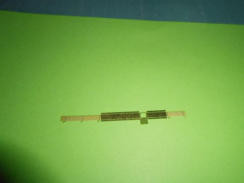 Hikawa Maru hopital 1/350 PE/pont en bois et babioles  - Page 5 839713DSCN5815