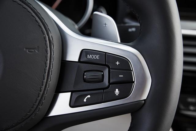 La nouvelle BMW Série 5 Berline. Plus légère, plus dynamique, plus sobre et entièrement interconnectée 840183P90237262highResthenewbmw5series
