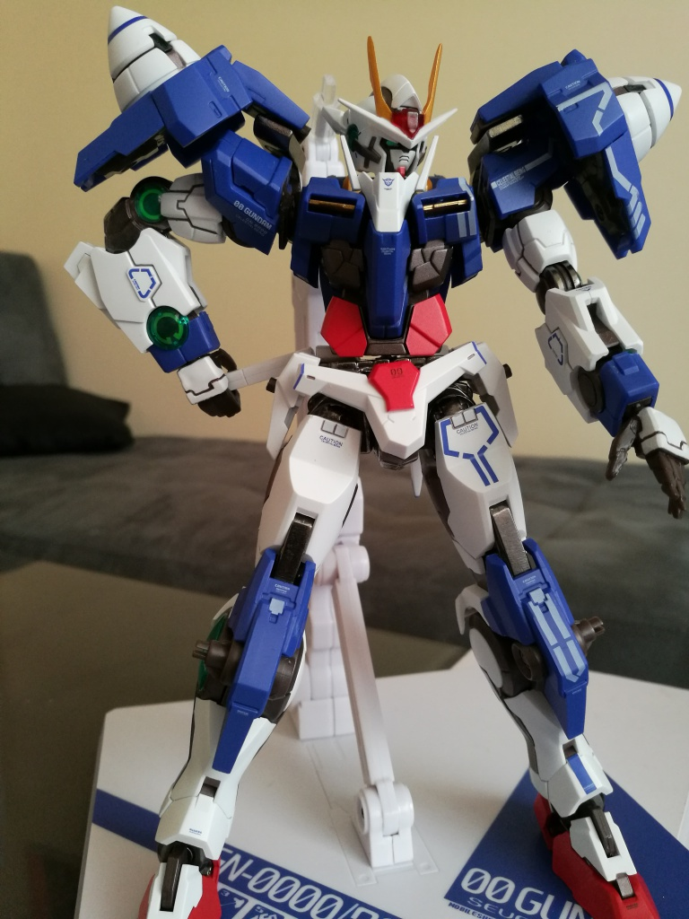 [REVIEW] Gundam 00 Seven Sword Metal Build MC Club..entre larmes,decadence et F5. 843751IMG20161030145922