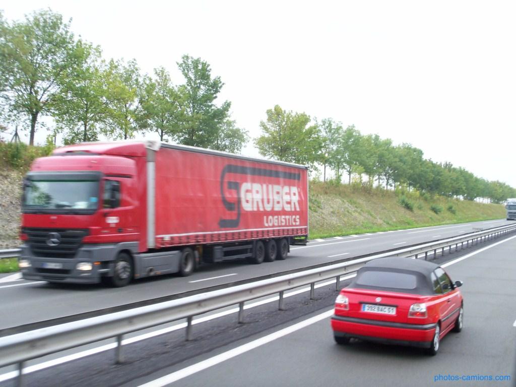 Gruber Logistics (Padova) 846133photoscamions10Mars201216Copier