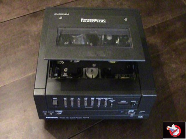 Caméra Panasonic PK-750 et VCR Portable NV-8410 84624617