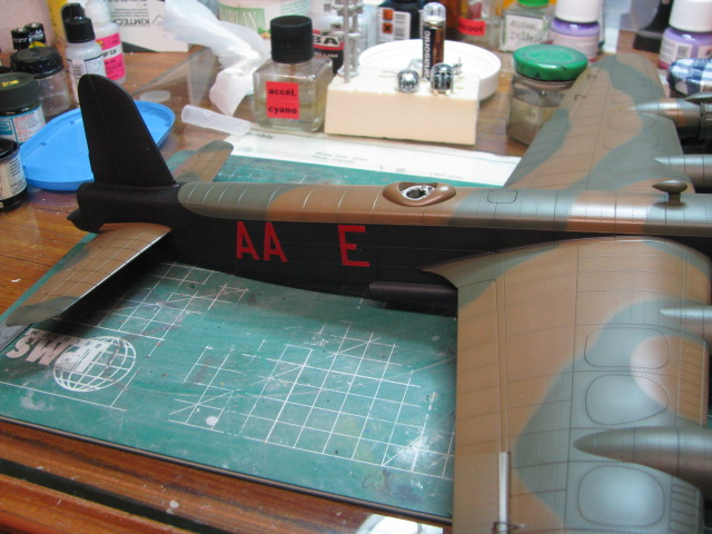 Short Stirling MkIII BF-513 Italeri 1/72, 2ème !!!!!....Terminé!!! - Page 4 848691IMG7063