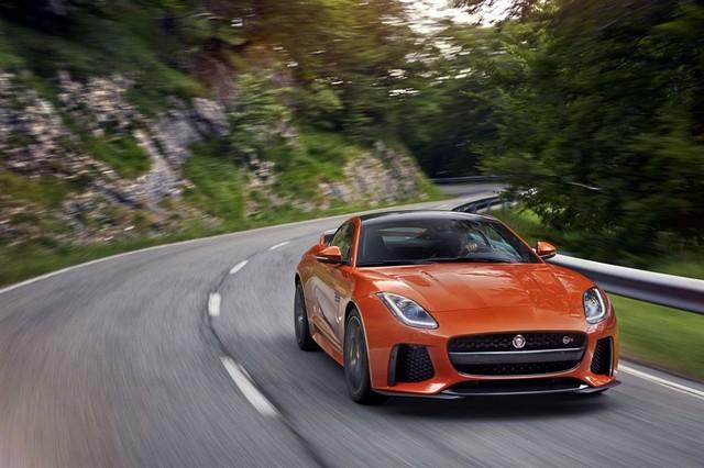 Nouvelle Jaguar F-TYPE SVR : La Supercar Capable D'atteindre 322 km/h Par Tous Les Temps 850162JAGUARFTYPESVR10COUPELocationLowRes