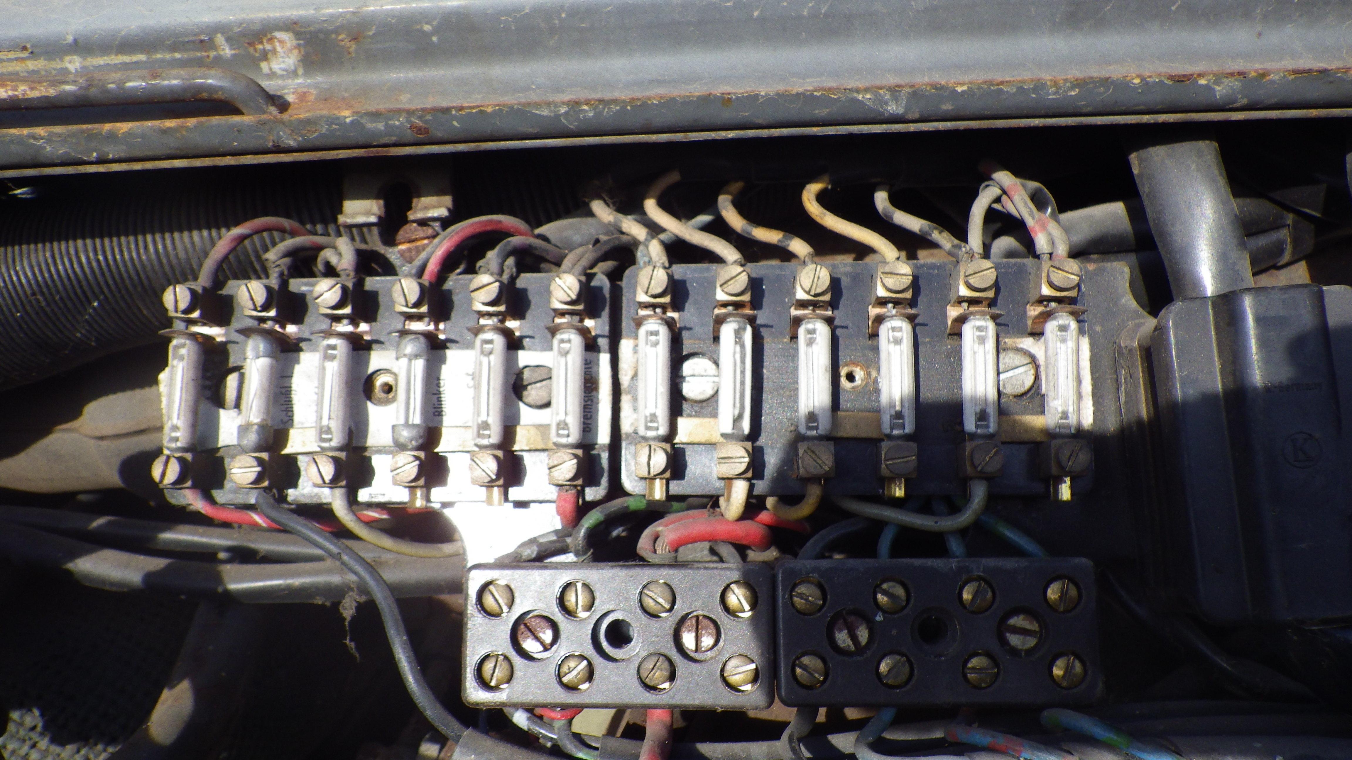 restauration du mog 406 de chenapan52 - Page 3 850352IMGP0096