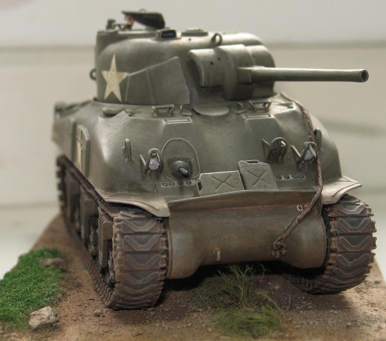 Sherman M4A1 late Italeri+scratch rénové 852023IMG0020