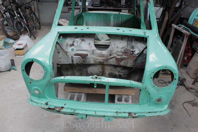 Restauration d'une Austin de 1980 852345IMG3302