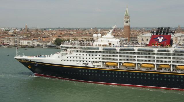 [Disney Cruise Line] 2013: Disney Magic en Europe, Disney Wonder au départ de Miami - Itinéraires page 3.  - Page 5 855766DisneyMagicVenise1