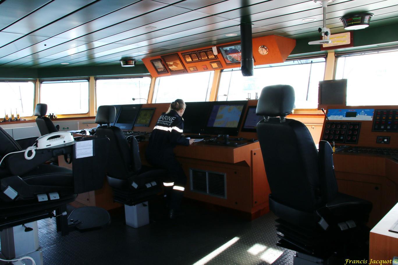 LOIRE BSAM (Bâtiment de Soutien et d'Assistance Métropolitain) 860034IMG9998Passerelledenavigation