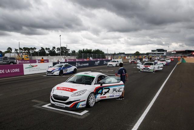 RCZ RACING CUP - Nicolas Milan et David Pouget dos à dos au Mans 86065757d57f16420a9