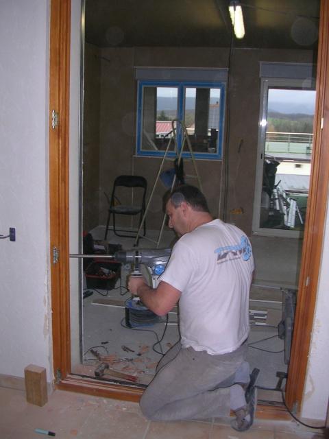 Pose ossature métallique nouvelle cuisine,pose placo et fenêtre - Page 3 864087DSCN1834