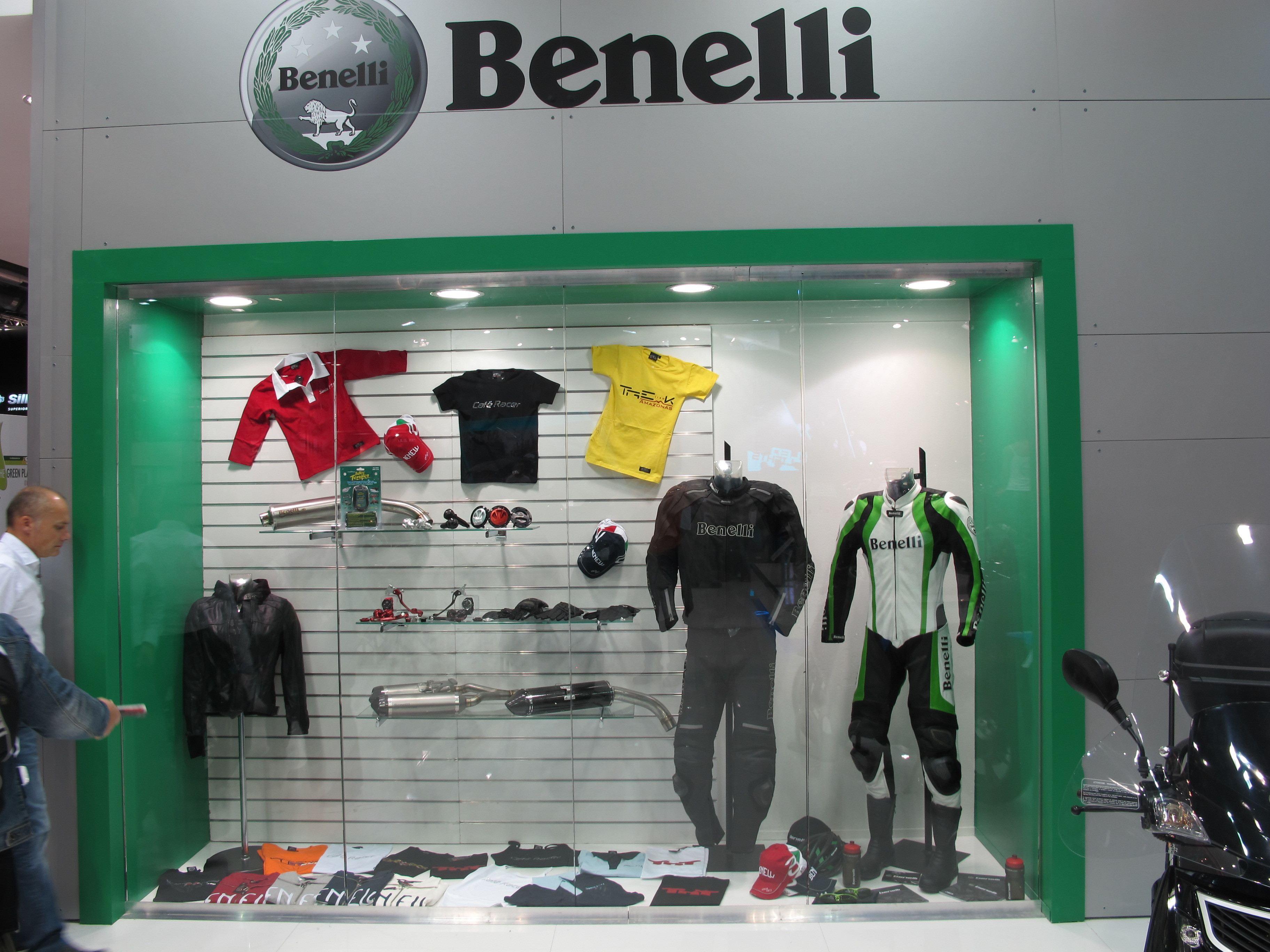 catalogue Benelli Officine 2014/2015 864675IMG4614