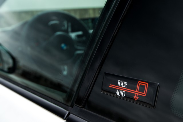 BMW M4 Coupé Tour Auto Edition : une édition française ultra limitée pour célébrer le rallye emblématique. 866612P90215116highResbmwm4coupetourau