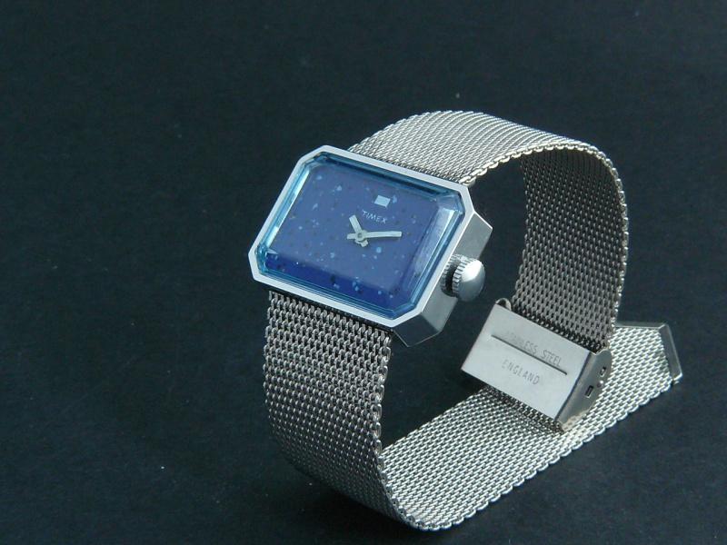 Une Timex pour les fusiliers marins ?? 867623VENTEHORLOGERIEDIVERS008
