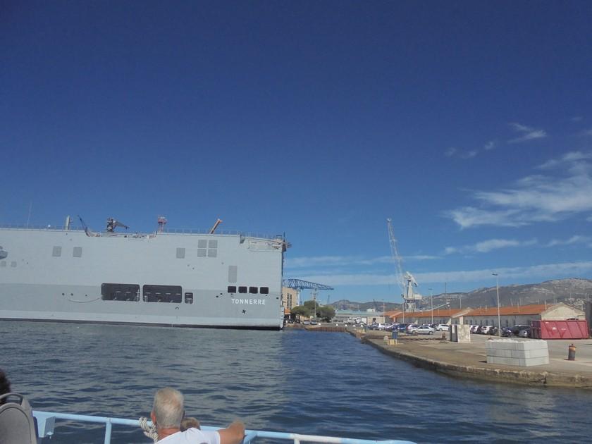 [Les Ports Militaires de Métropole] Visite de la rade de Toulon - Page 14 868100DSC03770