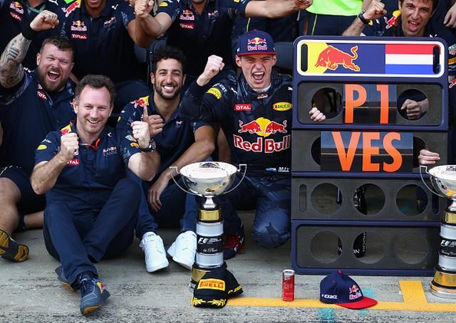 F1 GP d'Espagne 2016 : Victoire Max Verstappen 8689642016MaxVerstappen3