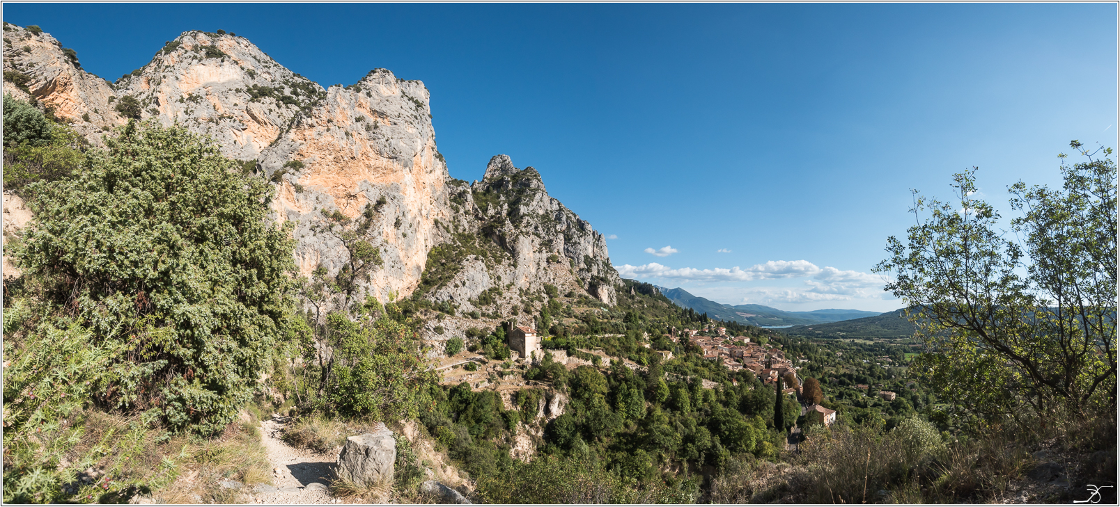 PBVF 67: Moustiers Ste Marie 871461LR6P1170093Panorama