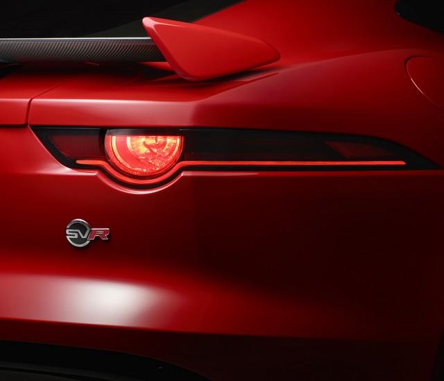 Lancement De La Nouvelle Jaguar F-TYPE Dotée De La Technologie GOPRO En Première Mondiale 874502jaguarftype18mysvrcoupestudioexteriordetail10011702