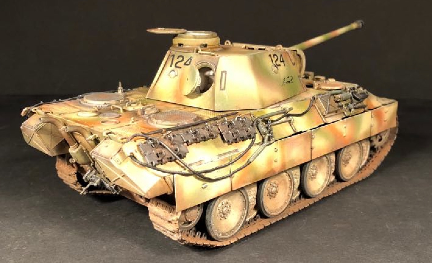 Sd.Kfz.171 Panther D - Page 3 874680PantherDPic05