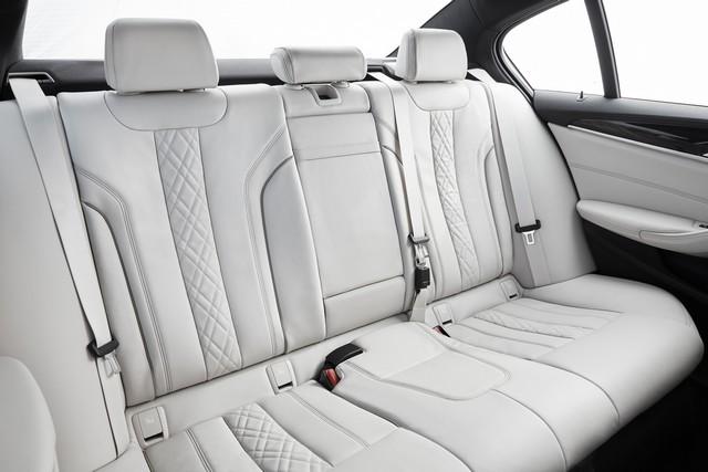 La nouvelle BMW Série 5 Berline. Plus légère, plus dynamique, plus sobre et entièrement interconnectée 874904P90237279highResthenewbmw5series
