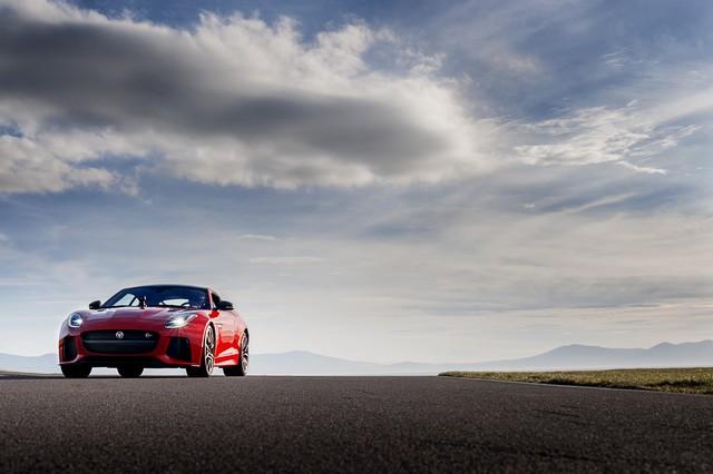 Lancement De La Nouvelle Jaguar F-TYPE Dotée De La Technologie GOPRO En Première Mondiale 875667jaguarftype18myrerunapp10011705