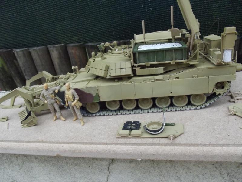 Abrams M1 ABV 1/35 RMF - Page 2 877211DSCF8660