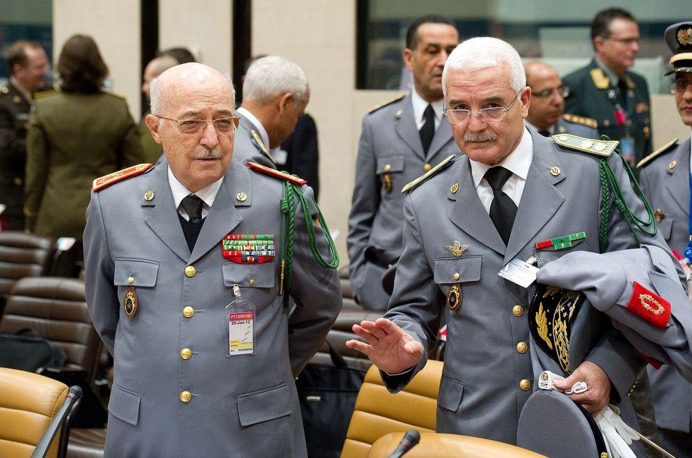 Les généraux de Sa Majesté - Page 3 878320Capaaature
