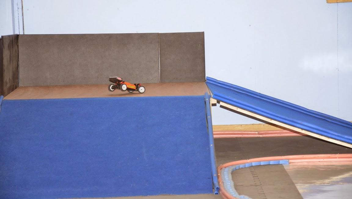 Challenge mini z buggy RC94 2013/2014 - Page 2 879738DSC0858