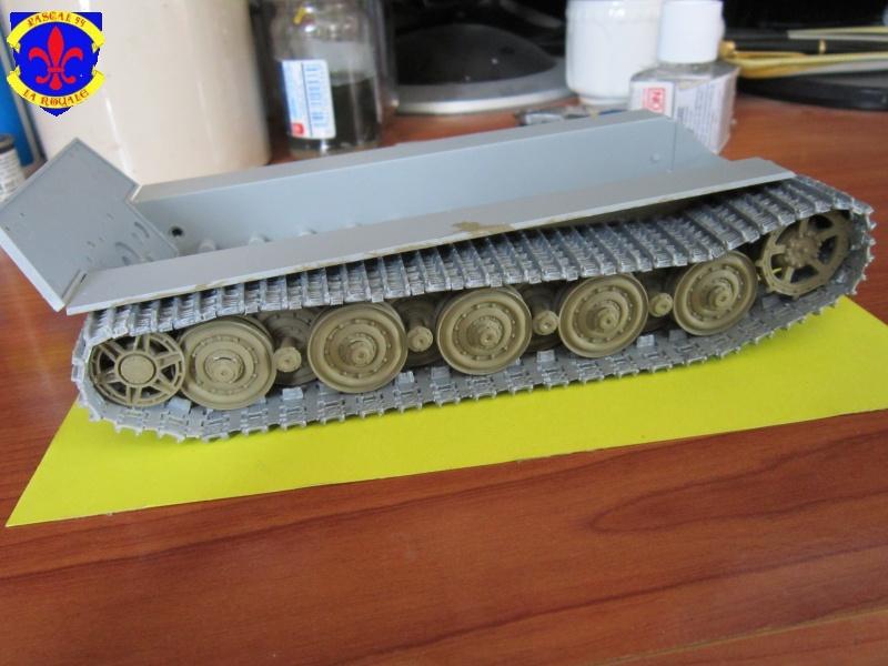 Sd.Kfz.182 King Tiger à tourelle Henschel de Dragon au 1/35e par pascal 94 880871IMG1081L