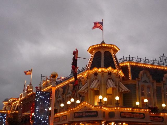 Présentation des Saisons Halloween et Noël 2015 à Disneyland Paris - Page 2 883800P1100634