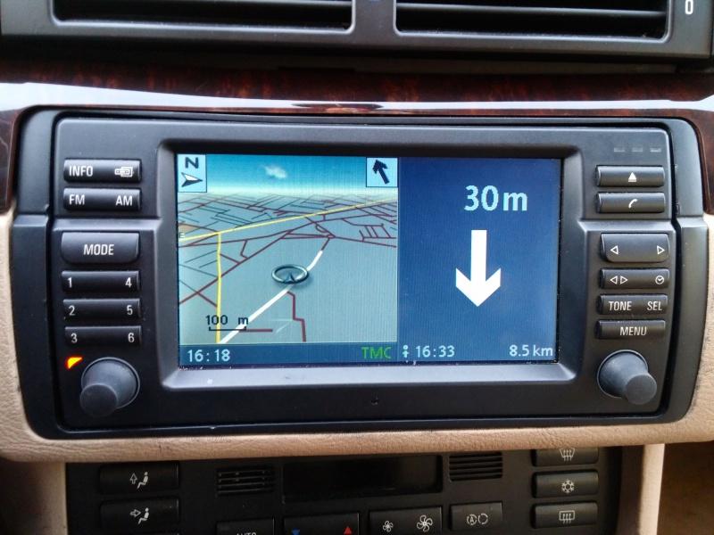 [TUTO toutes BMW jusqu'à 2003] Les menus du GPS mk4 (notions 884339EcranGPSsplit