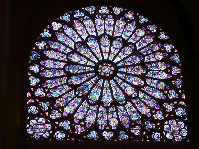 Notre dame de Paris 884363052