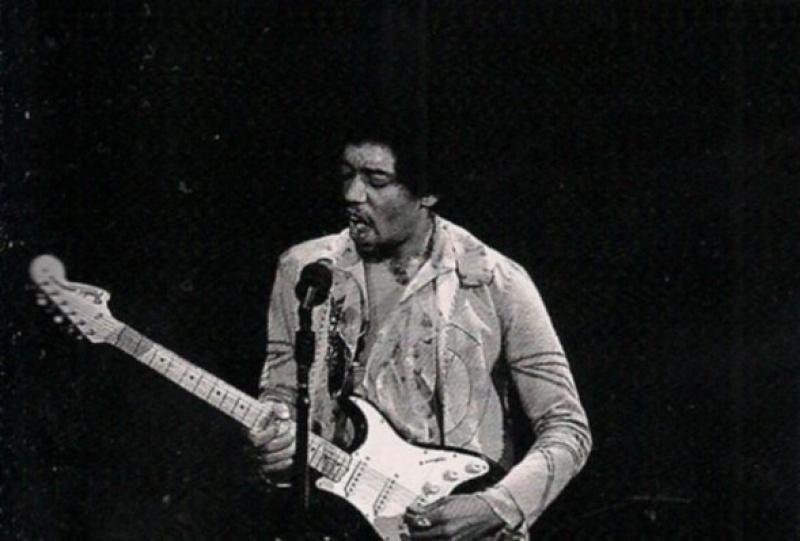 New York (Fillmore East) : 31 décembre 1969 [Premier concert]  - Page 2 885573scanjpg0006660000225
