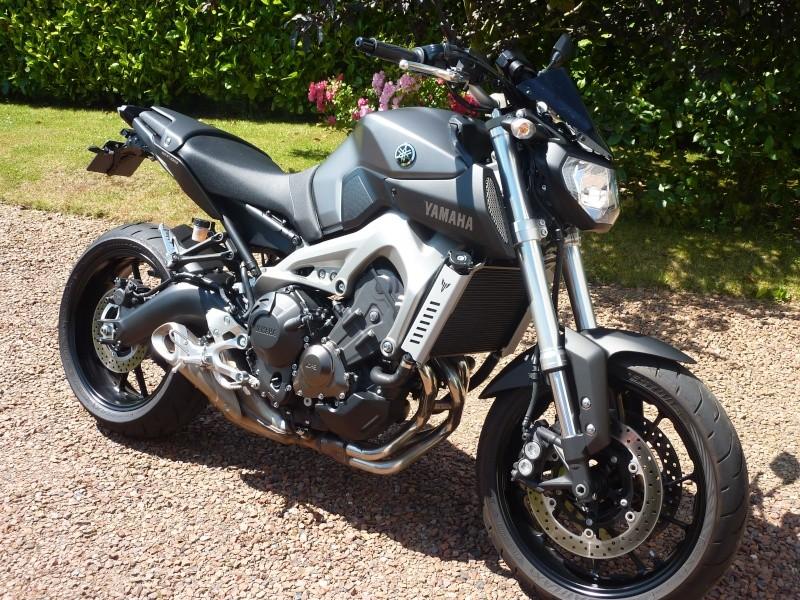 Photos de toutes les Yamaha MT-09 du forum ! :) 885607YArnaudP