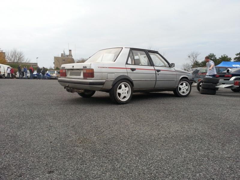 Mimich et sa R9 Turbo (du moins ce qu'il en reste) 88623320121118161309