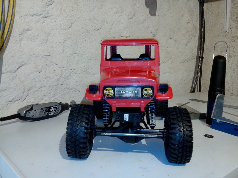 BJ40 JOUSTRA sur chassis SCX10 - Page 2 889342IMG20130106102543