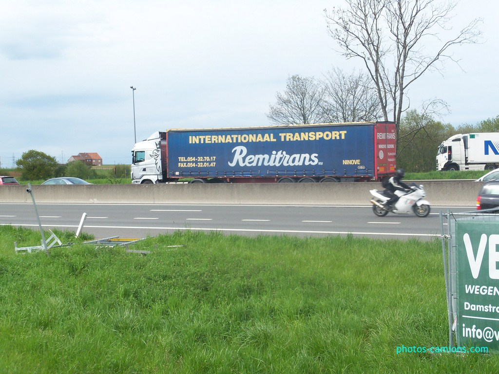 Remitrans - (Ninove) - Page 2 890616photoscamions30Avril2012168