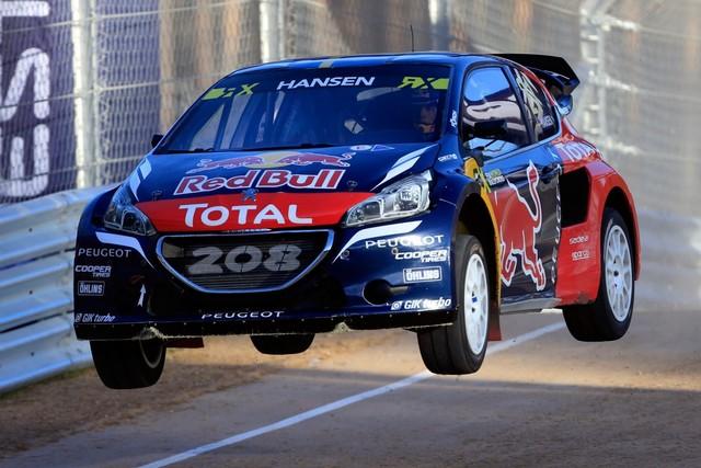 Rallycross - Sébastien Loeb remporte sa première victoire au volant de la PEUGEOT 208 WRX ! 892451wrx201610010052