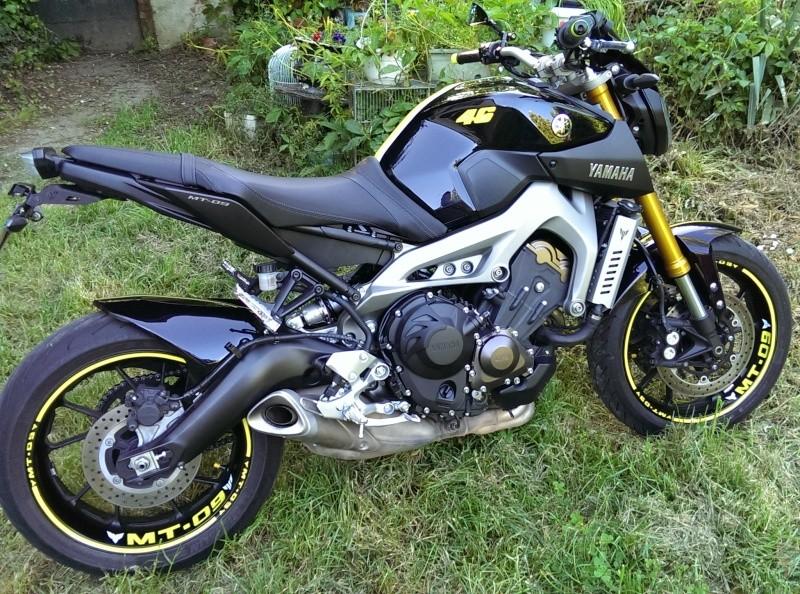 Photos de toutes les Yamaha MT-09 du forum ! :) 894812Y46VilBreukin