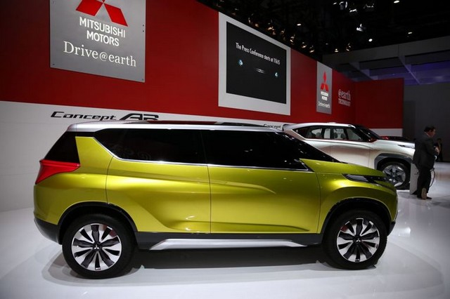 Salon de Genève 2014 : Mitsubishi Concept XR-PHEV 895033MitsubishiConceptAR1