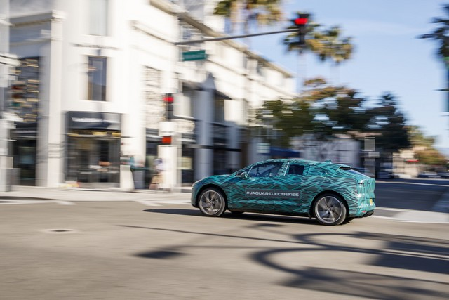 Le Jaguar I-PACE en road trip électrique à Los Angeles 896092jipaceroadtrip061217019