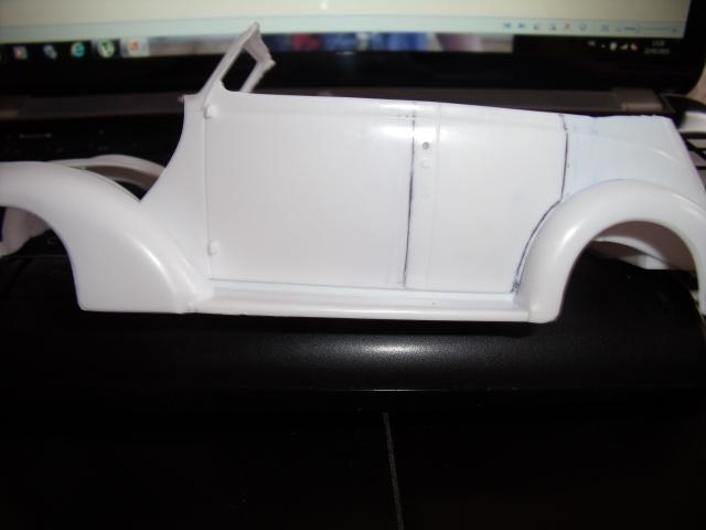 Ford '37.La Beatnikmobile du Gendarme en balade. 896395DSCF56951