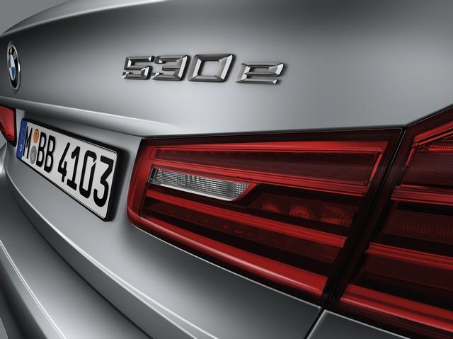 La nouvelle BMW Série 5 Berline. Plus légère, plus dynamique, plus sobre et entièrement interconnectée 896474P90237836highResbmw5seriessaloon
