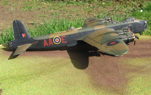 Short Stirling MkIII BF-513 Italeri 1/72, 2ème !!!!!....Terminé!!! - Page 4 901282IMG7145