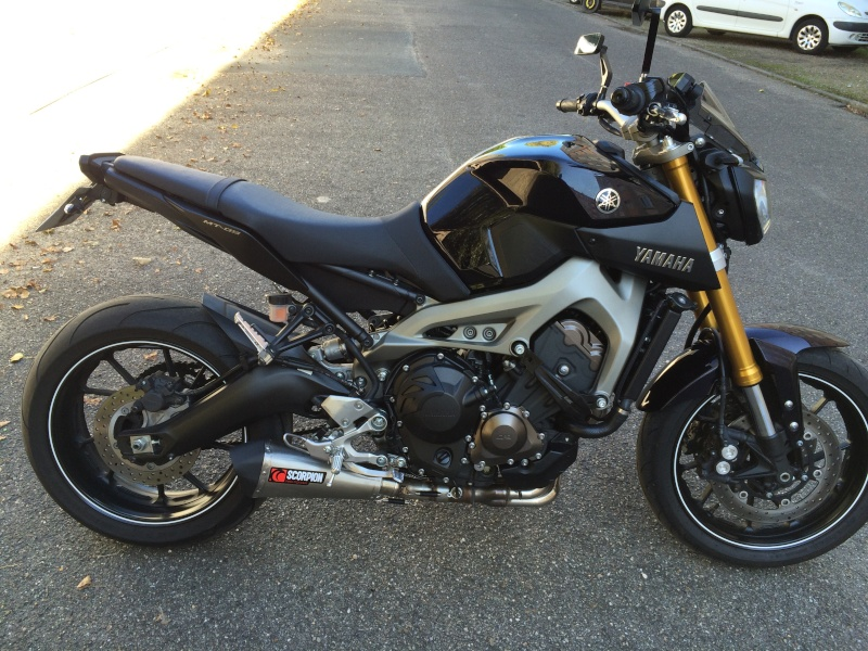 Photos de toutes les Yamaha MT-09 du forum ! :) 901909YBemome33DA