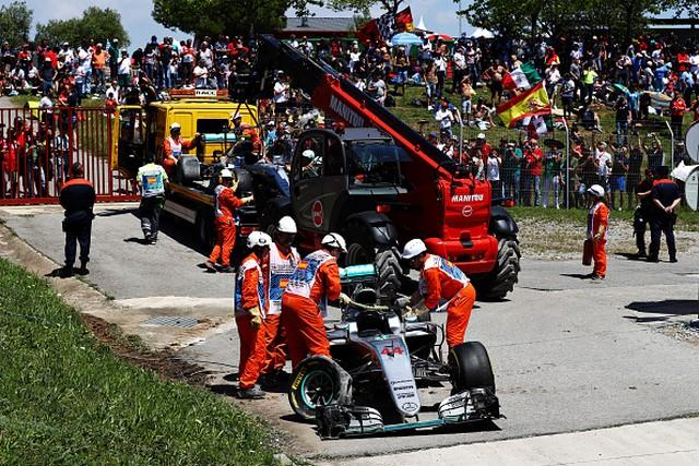F1 GP d'Espagne 2016 : Victoire Max Verstappen 9019402016LewisHamilton1