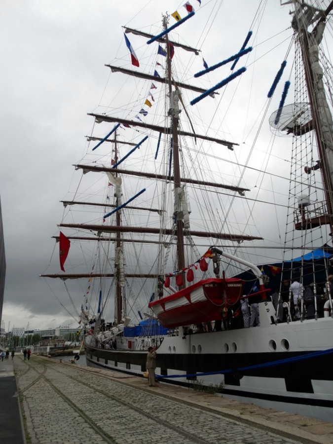 [ Marine à voile ] Simon Bolivar 9027099311